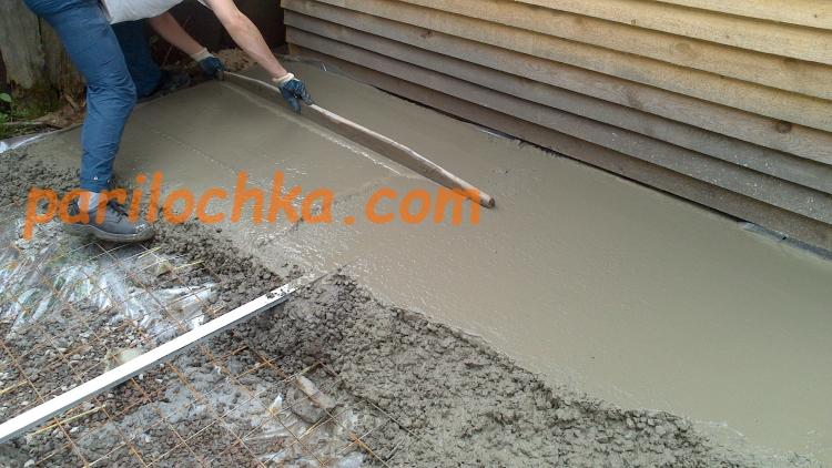 заливка бетонного пола на полиэтилен